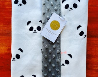 Soft baby blanket with panda girls