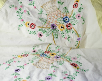 1960s Embroidered Tablecloth, Wild Flowers and Basket, Vintage Kitchen Decor, Square 48 in x 48 in Tablecloth with Embroderies