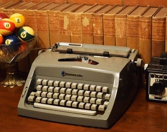 Vintage Manual Typewriter - Commodore - Office Supply - Gray - Made in Canada - Comes with Fresh Black Ink Ribbon - 100% Functional