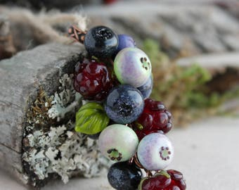 Lampwork pendant with blueberries and raspberry / Glass Beads / Lampwork berries pendant/ Lampwork jewelry/ Berry pendant/ bilberry