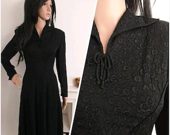 Vintage 1940's Black Crepe Lace Effect Tea Dress Midi 1930's 40's Starlet / UK 10 12 / EU 38 40 / US 6 8