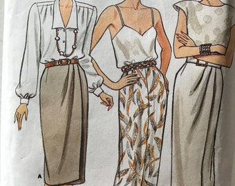 Butterick 4434 - 1980s Fast and Easy Skirt with Faux Wrap or Center Seam Split Option - Size 12 14 16