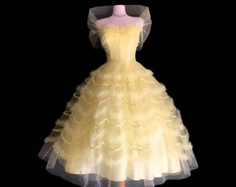 Glorious 1950's Strapless Party Dress /Ball Gown Tiered Cupcake mesh tulle /Full Skirt /wedding / prom formal gown / party dress