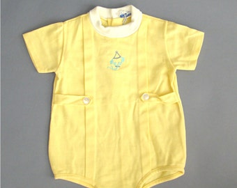 Yellow Onesie; Vintage Onesie; 18m Onesie; Vintage Romper; Yellow Romper; Dog; Puppy; Embroidered; Embroidery; Vintage Baby Outfit; Doe Spun