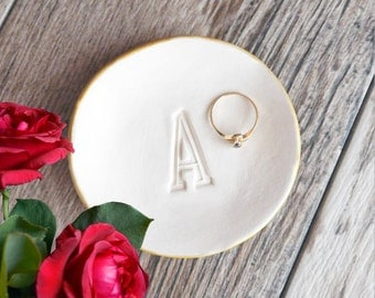 PERSONALIZED letter RING DISH initial ring dish, gold rim ring dish, monogram ring dish, bridesmaid gift, silver ring tray wedding ring dish