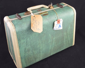 Vintage Samsonite Small Luggage Case in Bermuda Green