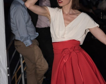 """Skirt cape """"Fleur"""" flaired at the bottom waist fitted reversible cotton red dancer made to measure"""