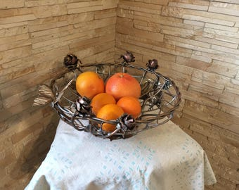 Forged fruit bowl, metal fruit plate, veggie tray, vegetable tray, fruit tray, fruit holder, kitchen basket, eggs basket, picnic, BBQ, bins