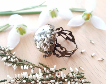 Lucky White Heather, Terrarium Ring, Botanical Jewellery, Real Plant Ring, Dried Flowers, Glass Globe, Terrarium Jewellery, Scottish Jewelry