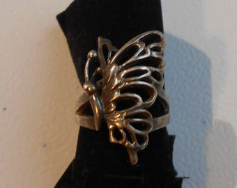 Art Nouveau Sterling Silver Butterlfy Ring Openwork Figural Original Patina Unsigned Size 9
