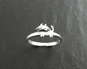 Dainty Cat Ring, Sterling Silver, Cat Midi Ring, Kitty Ring, Kitty Ring, Feline Ring, Pet Jewelry, kitty jewelry, Pussy Cat Ring, Moggy Ring