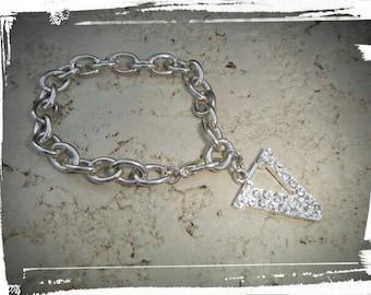 Beautiful Vintage dangle bracelet rhinestone Letter V initial V Vintage dangle jewelry