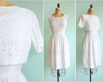 Vintage 1960s White Daisy Eyelet Lace Dress and Jacket | Size Small