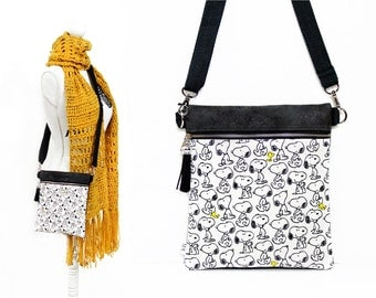 Snoopy purse, Cross body bag, Peanuts Kids bag, Small sling purse, Faux leather, Festival bag, Crossbody, Zipper bag, Cross over pouch, Gift