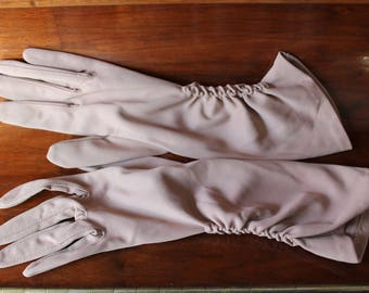 Long Beige Formal Gloves Nylon Empire Made Size 6.5 Gathered Sides