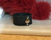 Wide leather cuff, wide l...