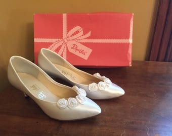Vintage Dyeables Wedding Shoes/Dyeables Special Ocassiom Heels