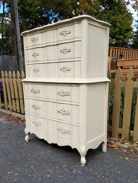 Hand Painted Vintage Shabby Chic French Provincial Dresser - LOCAL PICKUP / DELIVERY Only