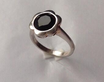 Silver Flower Ring Black Onyx Ring Flower Ring 925 Silver Ring Onyx Flower Ring Silver Daisy Ring Silver Onyx Ring Onyx Silver