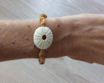 Seashell bracelet, stretchy seashell bracelet, seashell jewelry, surfer bracelet, urchin bracelet, stacking bracelet, surfer girl style