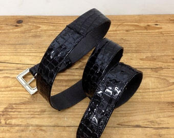 Sale!!! Black lac leather belt Printed leather belt Shiny Womens belt Crocodile printed leather belt women Embossed Patent leather belt
