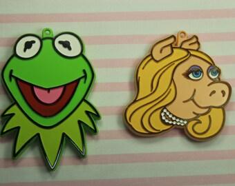 Collectable 1979 Hallmark Kermit And Miss Piggy Cookie Cutter Set