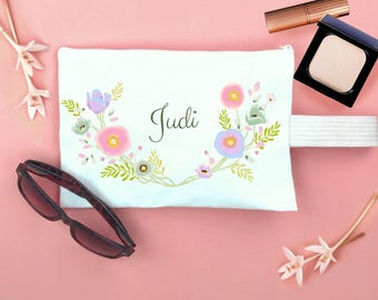 makeup bag,personalized womens,monogram bag,personalized teen,gift for coworker,bridesmaid bag,bridesmaid gift,gift for women,cosmetic bag,