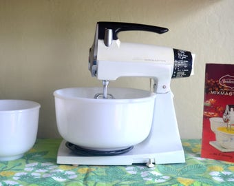 Vintage Sunbeam MixMaster Electric Stand Mixer, Includes Two Milk Glass Mixing Bowls, Manual, Cleaned and Tested, 1960s