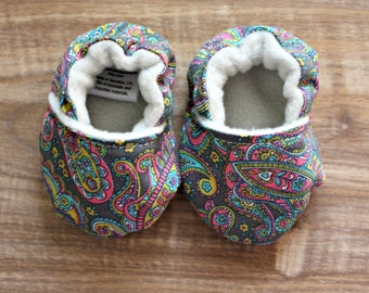 Paisley Baby Booties, Colorful Baby Shoes, Baby Girl Shoes, Old Fashioned Baby Shoes, Crib Shoes, Fabric Baby Shoes, Soft Sole Baby Shoes
