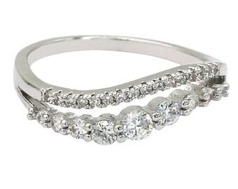 Fashion vitality silver crystal ring