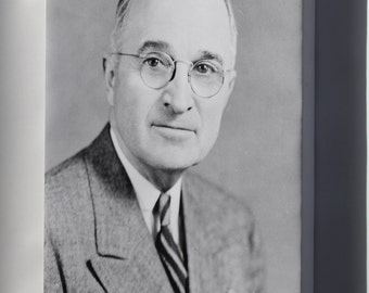 Canvas 24x36; President Harry S. Truman 1945