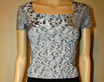 Silver & Black Short Sleeve Stretch Crop Top Size Small