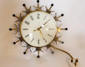 Metamec Sunburst wall clock – original from the 1970s