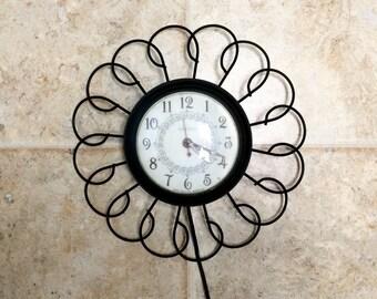 Mid century United Wall Clock Black