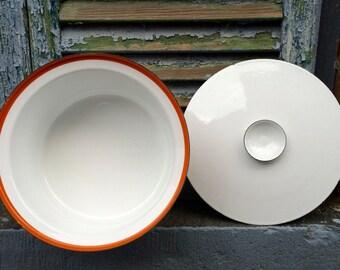 Vintage Enamelware Covered Dish and Trivet
