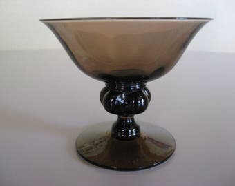 Jacob E. Bang VIOL Champagne bowls from Holmegaard Glass Denmark. Mid Century Modern. Danish Glass design.