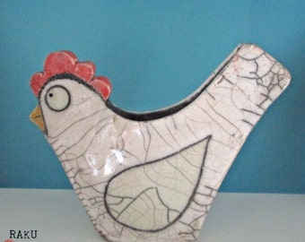 Chicken pot raku ceramics. White  Handmade. Ceramic chicken raku.pentola