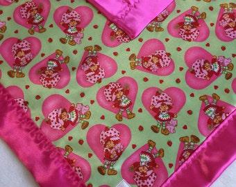 Baby blanket, travel blanket, stroller blanket, silky blanket...Strawberry Shortcake Travel Babyblanket