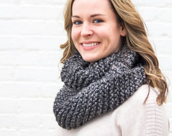 Chunky Knit Cowl | Infinity Scarf