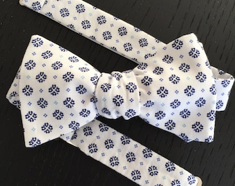 Mens White and Navy Japanese Print Bow tie with Optional Matching Pocket Square and Lapel Pin