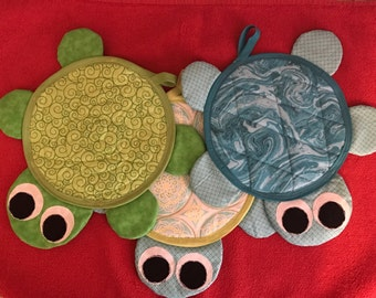 Quilted Turtle Pot Holders