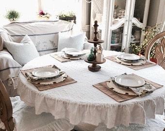 Linen Tablecloth, Ruffled Linen Tablecloth, Rustic Tablecloth, Vintage Tablecloth, Shabby Chic Linen. Wedding. Rustic Farmhouse Style