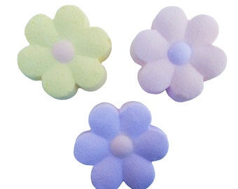 Bath Bomb Daisy-Bath Bombs-All Natural Bath Bombs-Bath Bomb Flowers-Party Favors-Wedding Favors-Shower Favors-Birthday Party Favors