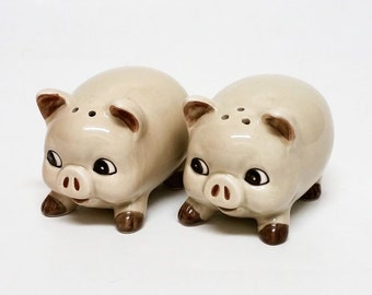Vintage  Octagiri Fat Pig Salt & Pepper Shakers