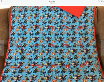 Skylanders twin comforter and pillow case