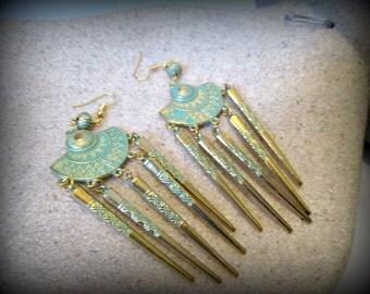 Boucle d'oreille de patine patine or boucle d'oreille-antique pic pointe longue boucle d'oreille boucle d'oreille-tribal