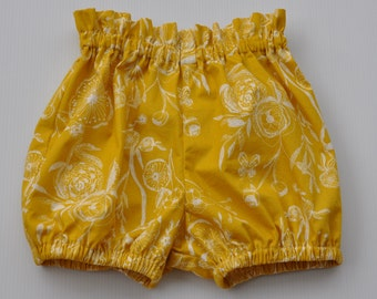 Bloomers/Flexi Paperbag Shorts in Yellow/mustard