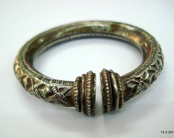 vintage antique tribal old silver bracelet bangle cuff for small wrist