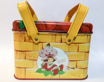Vintage 1980 Strawberry Shortcake Metal Cheinco Basket Style Lunch Box Storage Tin With Handles