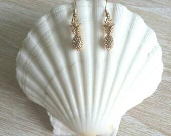 Island Pineapple Drop Earrings